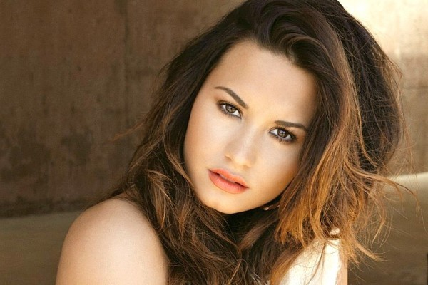 YIKES!!! Scandalous Demi Lovato Nude Pics?