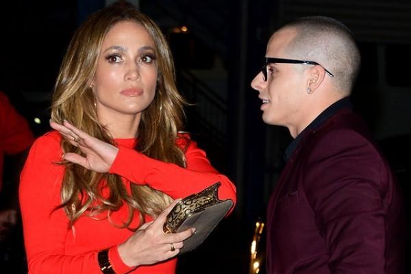 Jennifer Lopez single AGAIN!