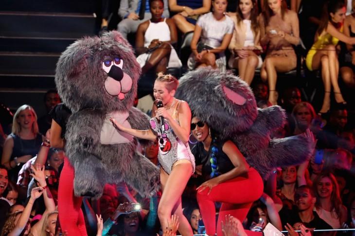 One of Miley Cyrus' dancing bears SLAMS her!
