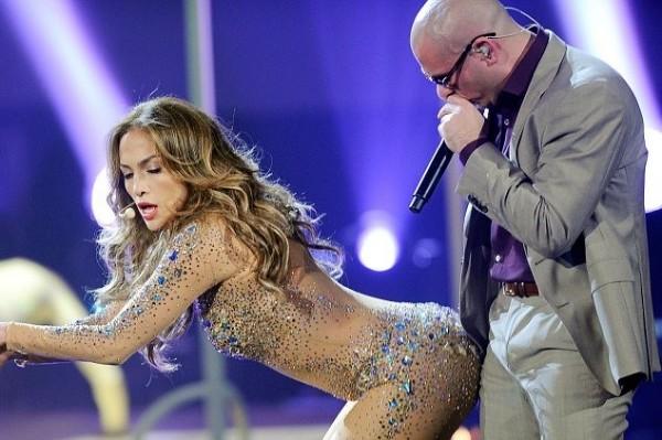 Pitbull lands a MAJOR gig! (BIG NEWS)