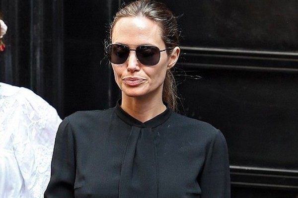 See what Angelina Jolie wears when she's directing (stunning)
