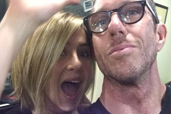 Jennifer Aniston new haircut is a PR stunt to plug her hair care product line! (Learning from Kardashian's)