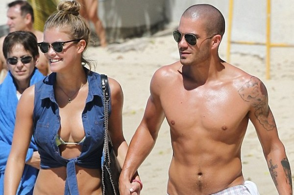 The Wanted's Max George gets half-naked on vacation (looking good, Max)