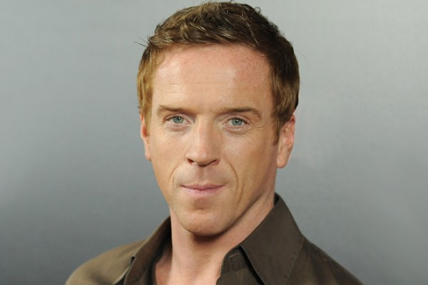 See What Damian Lewis Looks Like With Facial Hair (hot or not?)