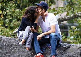 Ashton Kutcher to probably propose to Mila Kunis now he's officially divorced (exciting)