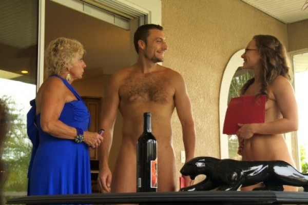 Is Naked Bradley Cooper on a new TLC show? (NSFWish)