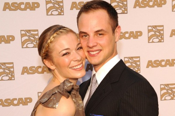 """LeAnn Rimes Ex Dean Sheremet Calls Her A """"Bully"""" Over Gay Comment"""