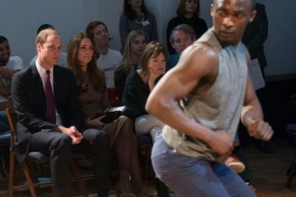 Kate Middleton and Prince William have a male dancer 'twerk' in their face!