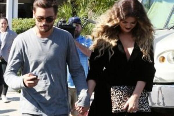 Kourtney Kardashian flips out about Khloe and Scott's relationship