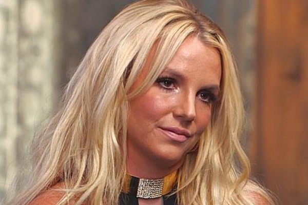 """Britney Spears: """"My family called me, wondering if I'm dead"""""""