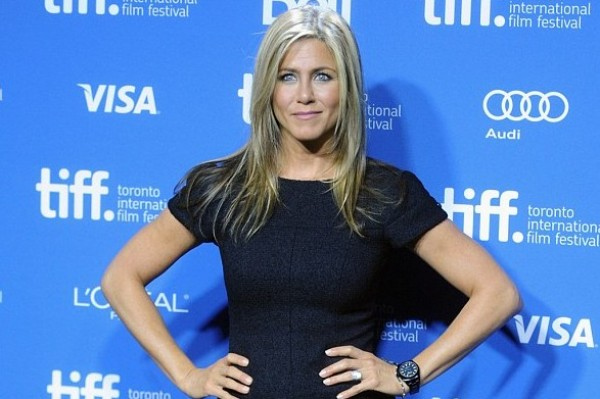 Jennifer Aniston Says Her 'Awkward Phase' Happened During Brad Pitt Marriage