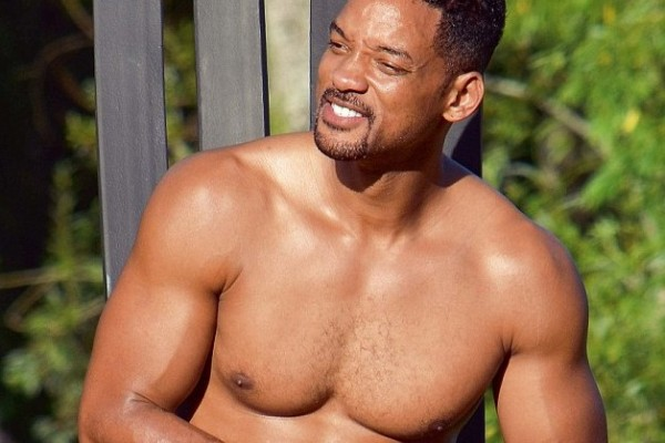 Will Smith half naked (check out his washboard abs)