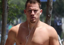 Channing Tatum Is Unrecognizable! (is that blonde hair?)
