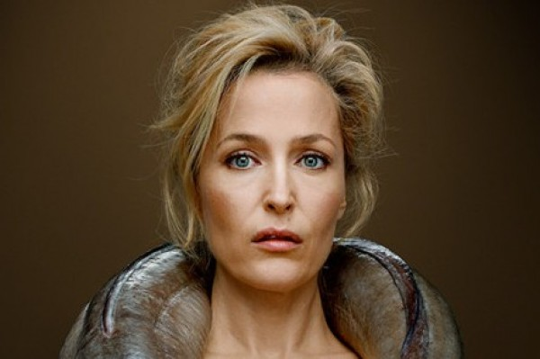 Gillian Anderson Poses Naked and Smells of Fish (eewwwwww)