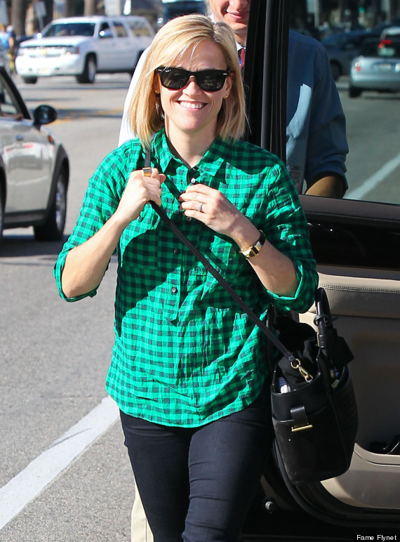 Reese Witherspoon And Family Out For Lunch At The Ivy By The Shore