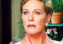 """Julie Andrews did NOT watch Carrie Underwood """"Sound of Music"""" OUCH!"""