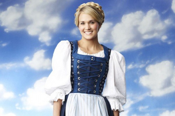 Carrie Underwood reacts to SNL mocking The Sound Of Music!