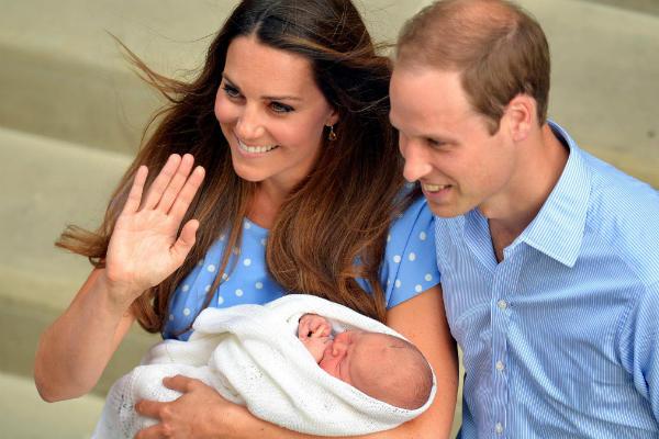 Royal Baby helps weekly celebrity magazine sales – in plummeting market