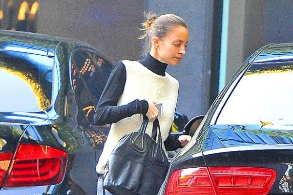 Nicole Richie weight causing new concerns! (Now just 96 pounds – new report)