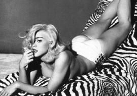Madonna Loves P*$$Y..Riot!